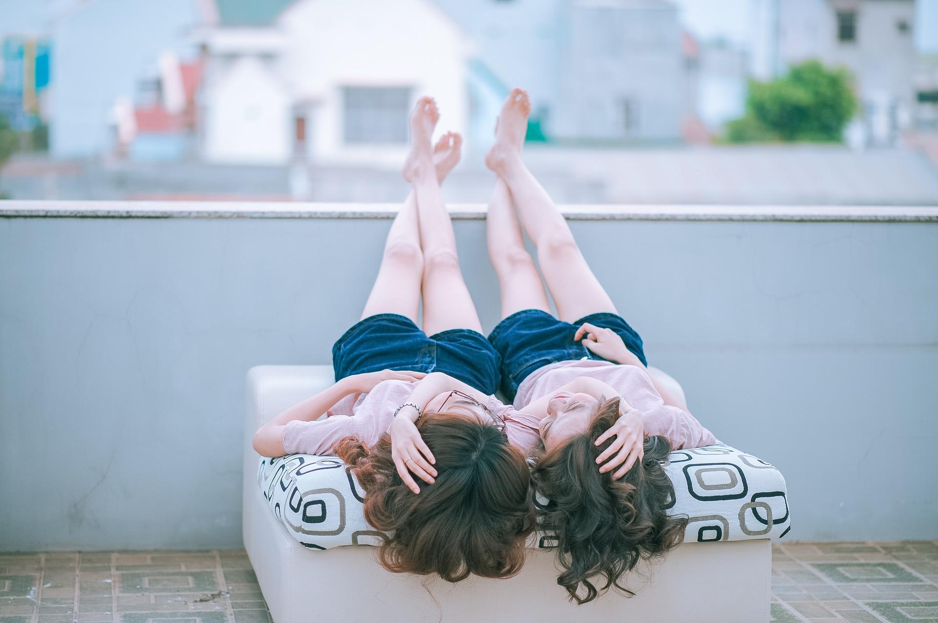 女女怎麼愛愛?大家最好奇女同(拉拉)做愛三問(18X)